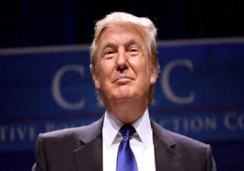 هيلاري كلينتون.. توصف ترامب بأنه غير مؤهل لمنصب الرئيس