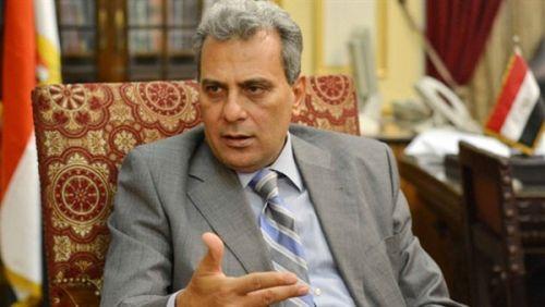 رئيس جامعة القاهرة ينفي سرقة أوراق إجابات ثالثة حقوق