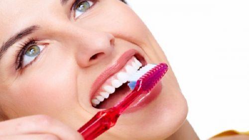 نصائح هامة للتخلص من رائحة الفم الكريهة نهائيًا
